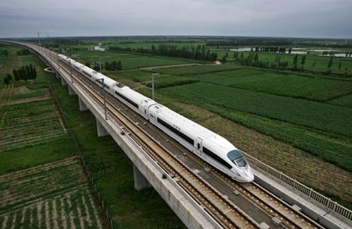 多地打造 百万人口大城市 一同进入 高铁时代
